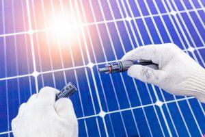 ממיר מתח למערכת סולארית